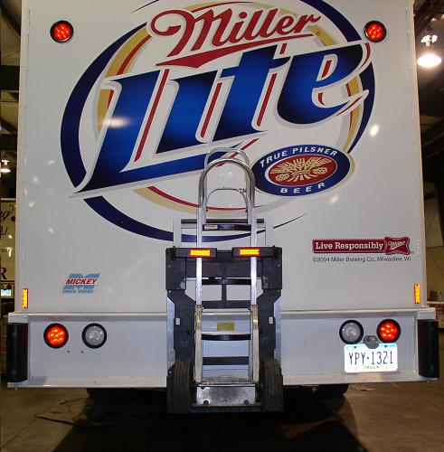 Kenworth Mickey Body Beer Truck - HTS30D Direct Mount Ultra-Rack